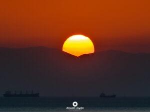 Nature- Sunset ships, Φωτογράφος Αλέξανδρος Μπαγιώκος